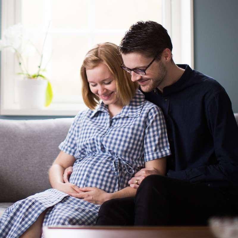 Olivia och James blir snart föräldrar